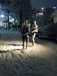 池袋、雪2.jpg